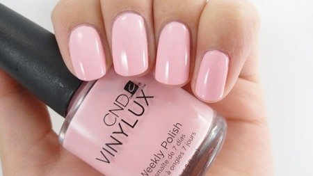 CND VINYLUX Lakier 7-dniowy Nr 214 Be demure