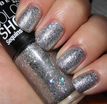 MAYBELLINE Lakier Color Show 810 Silver Gleam