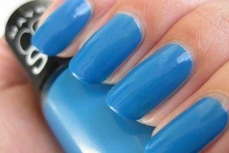 Maybelline Lakier do paznokci 985 Pacific Blues